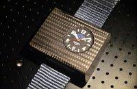 首款真正原子手表:1000年仅1秒误差