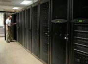 第三季度服务器市场规模达到127亿美元