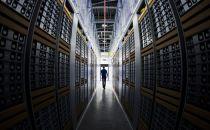 Facebook数据中心现在运行自己设计的网络设备