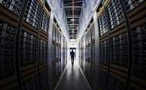Facebook正开发数据中心路由器硬件