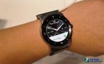 帅哭了!LG G Watch R比Moto 360好看