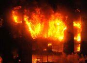 浙江电信大厦发生火灾 火势已控制无人员伤亡