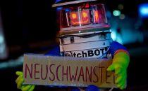 旅行机器人环游欧洲后在美国遇害