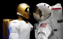 美国宇航局借虚拟现实技术训练太空机器人