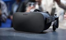 医生使用VR头戴设备成功为病人切除脑肿瘤