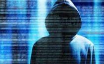 """两""""黑客""""非法操控网站 帮网站增加访问量牟暴利"""