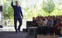 苹果官方宣布iPhone全球累计销量已突破10亿部