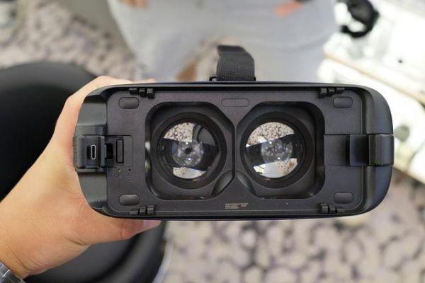 Gear VR新版来了 只是换了Type-C接口的小改款