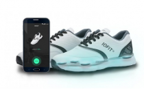 鞋子也能帮你提高球技 IOFIT智能高尔夫球鞋登陆众筹