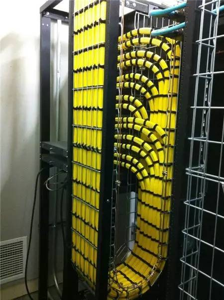 如何提高机房布线施工工艺水平? Idc机房建设 中国idc圈