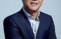 万国数据高管团队:创始人、董事长兼首席执行官黄伟