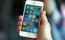 苹果否认已承诺为异常关机iPhone换电池,称正联系顾客