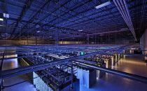 数据中心代工业务量跃升,2017 年全球服务器出货量年成长 3.8%