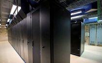 终极挑战:自建数据中心还是租赁数据中心?