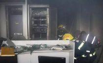 酷暑难耐 巴中铁通机房突然起火