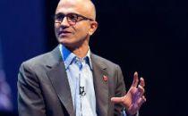 纳德拉后悔微软没及早推云服务,最佩服贝索斯