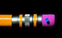 英特尔正在测试仅为50nm的最小自旋量子位芯片