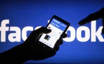 Facebook调整政策:将删除煽动暴力的假新闻