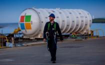 微软在英国再部署一台水下数据中心