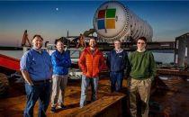 微软将数据中心沉入海底,据说这样做是为了环保
