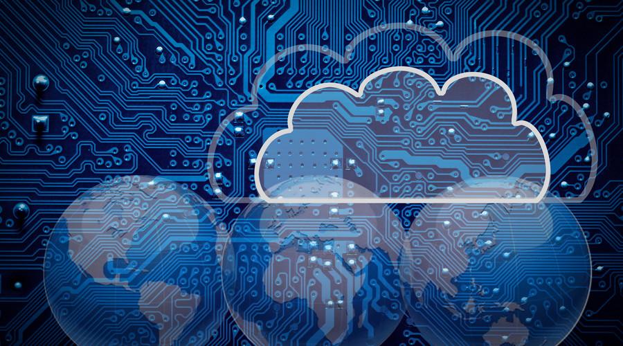 """围绕着SaaS产品形成商业云、营销云、销售云的云生态布局,微盟究竟有何过人之处能够赴港IPO闯关成功呢 ? 云服务风口之下拔得微信SaaS头筹 近年来,随着互联网、物联网、大数据等的深入发展,越来越多的企业正寻求数字化升级以适应不断变化发展的业务需求,云服务正是企业数字化转型的重要基石。2017年,""""数字经济""""首次写入政府工作报告,云计算、人工智能、互联网、智能制造等行业更是被政府大力支持,企业上""""云""""风口期已来。 面对云服务IaaS、SaaS、PaaS三"""