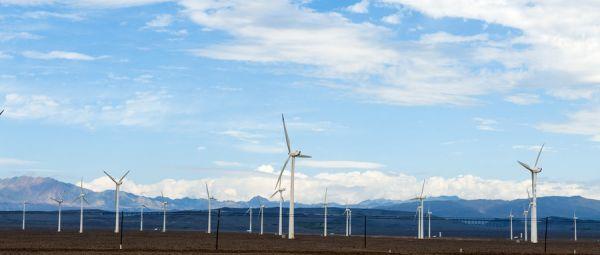 稻盛和夫要建设完全由可再生能源供电的数据中心