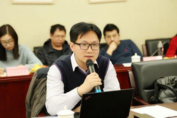 许立东:基础运营商竞争加剧,虚商价值会凸显