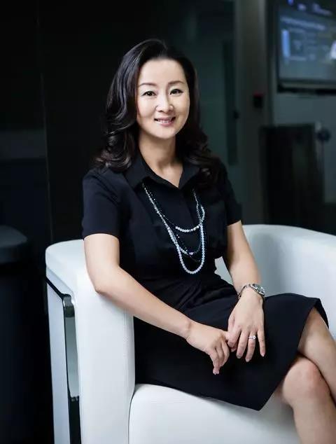 AWS全球副总裁兼大中华区执行董事 张文翊女士