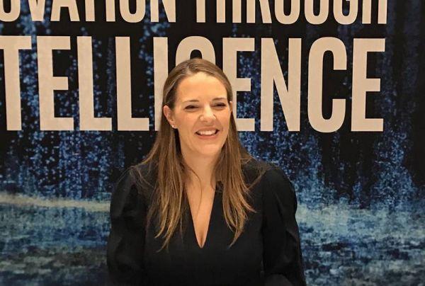 英特尔公司数据中心事业部副总裁兼英特尔至强处理器和数据中心营销总经理Lisa A. Spelman