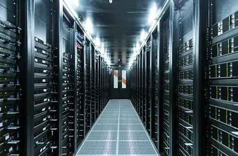 """漫谈""""新基建""""时代被数据中心带"""