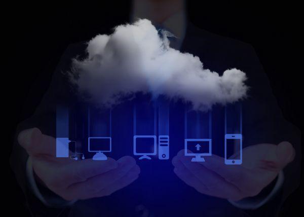"""拿下""""JEDI""""后 微软计划与外国政府推进云计算合同_云资讯_中国IDC圈"""