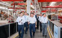 三一重工携手中国电信、华为点亮装备制造业首个5G全连接工厂,加速迈进工业4.0